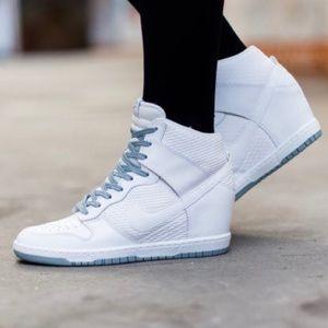 Nike Dunk Sky Hi Wedge Sneaker White